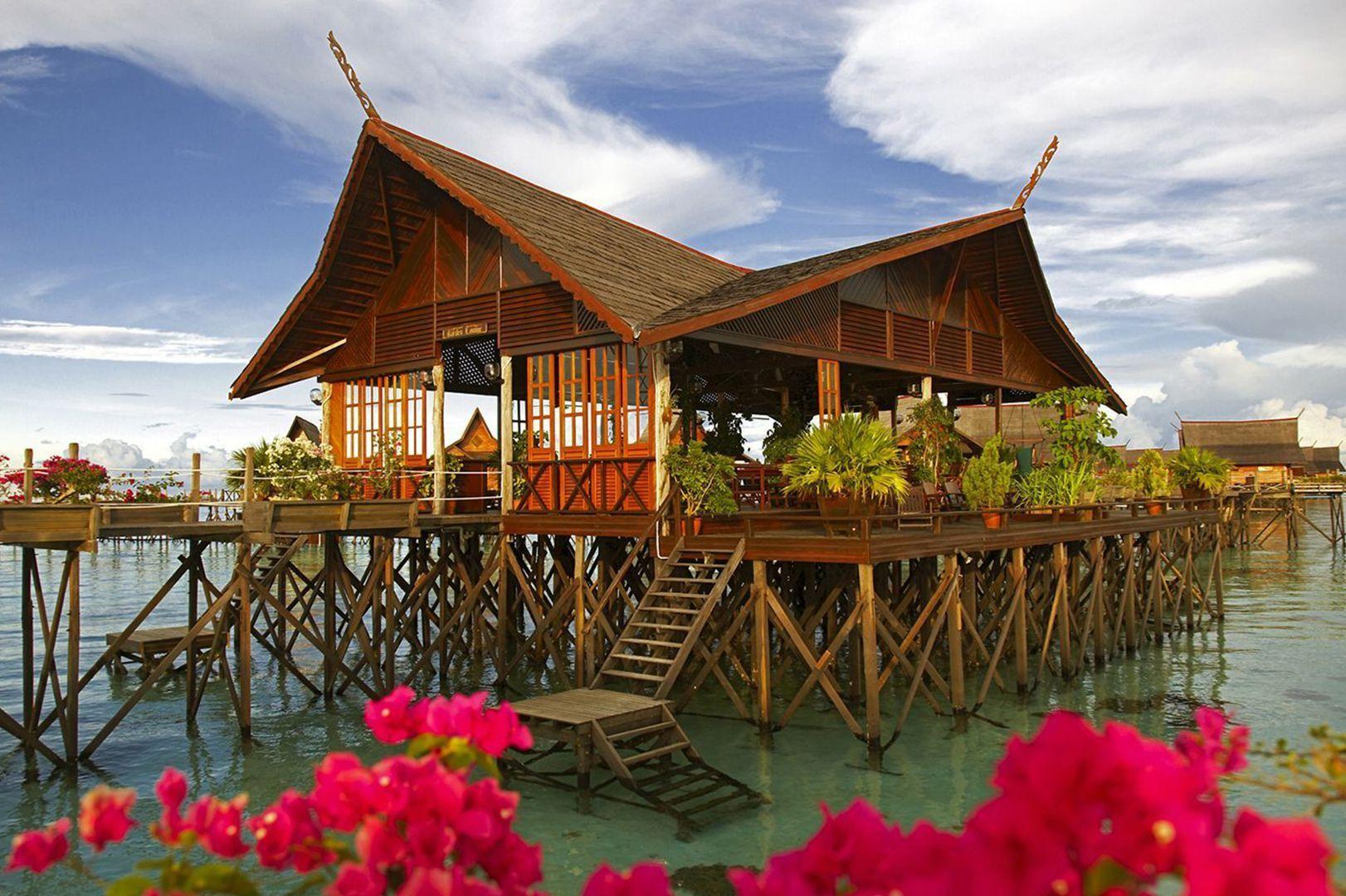 Semporna the gateway to beautiful islands bike and tours - Kapalai sipadan dive resort ...