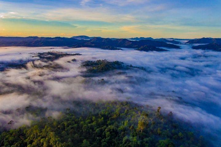 DAnum Valley.jpg